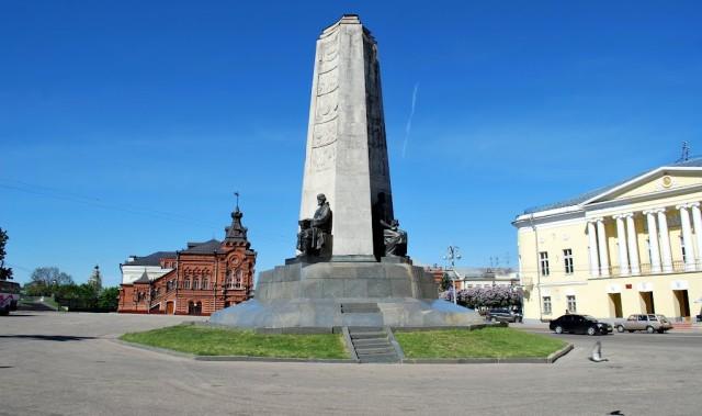 Памятник к 850 летию Владимира