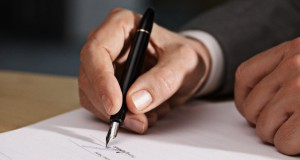 Ряд управляющих компаний, получивших лицензию, подтасовывают результаты общедомовых собраний