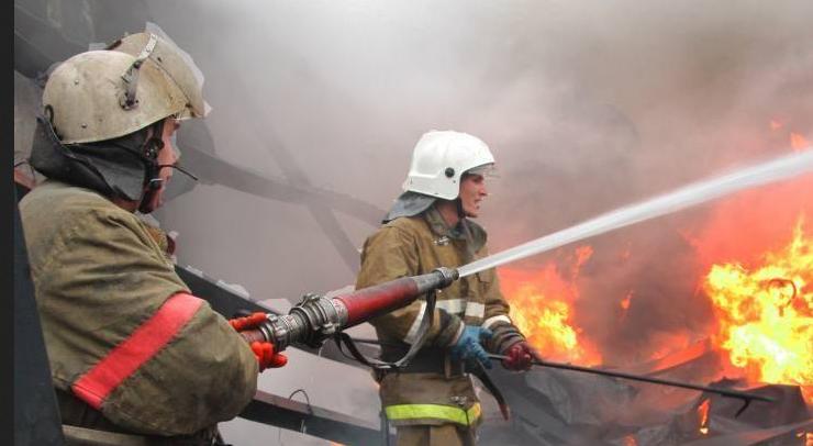 Во Владимире ночью горел рынок на улице Чайковского