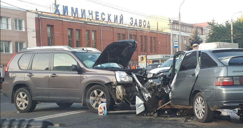 В ДТП у «Химзавода» погиб водитель
